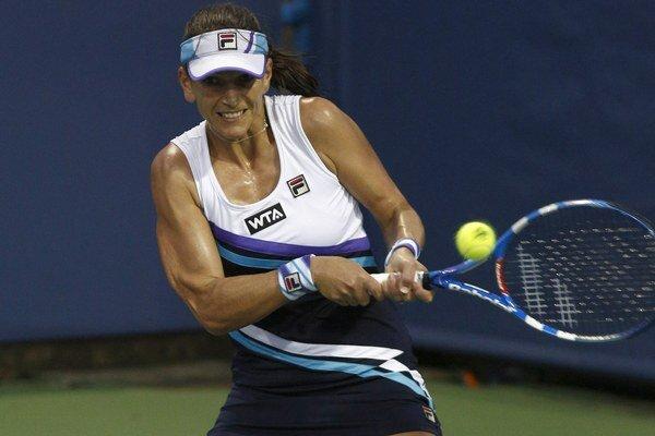 Scheepersovú nedokázala vo finále turnaja v Kuang-čou v roku 2011 poraziť naša Magdaléna Rybáriková a Juhoafričanka sa tak mohla tešiť zo svojho jediného singlového titulu na okruhu.