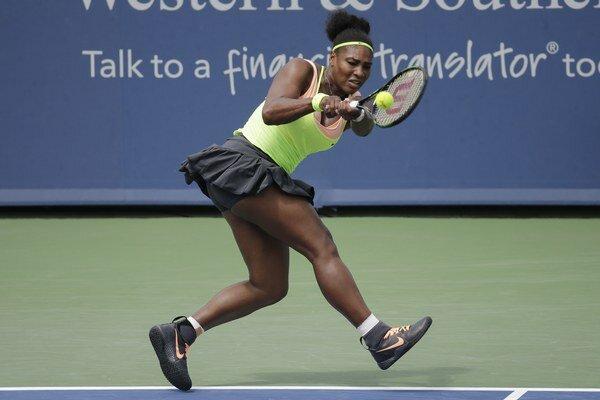 Serena Williamsová vyradila v druhom kole Cvetanu Pironkovovú v dvoch setoch.