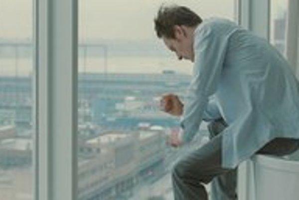 Michael Fassbender vo filme Stevea McQueena Hanba.
