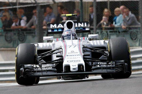 Valtteri Bottas ešte v kokpite Williamsu, od novej sezóny ho uvidíme v majstrovskom Mercedese.