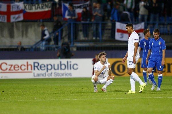 Po zápase Anglicka proti Taliansku zostali oči pre plač obom reprezentáciám.