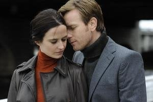 Eva Green a Ewan McGregor.