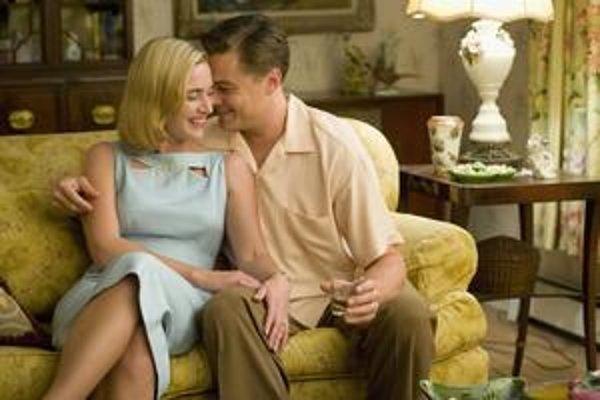 Podľa Yatesovho románu Núdzový východ vznikol film s Kate Winsletovou a Leonardom Di Capriom. Jeho ďalšia próza vychádza v tomto roku.