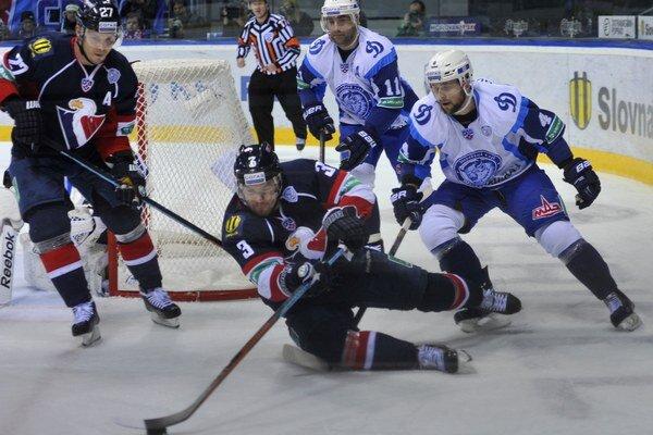 Na zápasy Slovana Bratislava v KHL chodilo priemerne takmer deväťtisíc divákov.