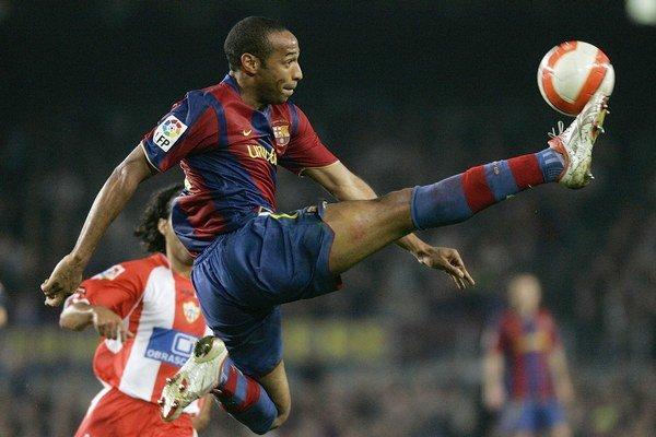 Thierry Henry si zahral aj za Barcelonu.