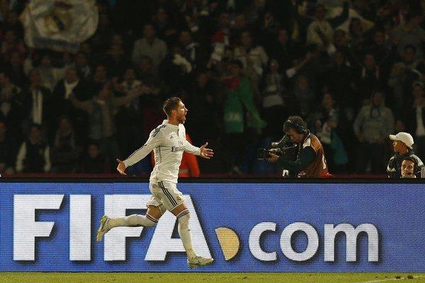 Sergio Ramos oslavuje gól vo finále MS klubov.