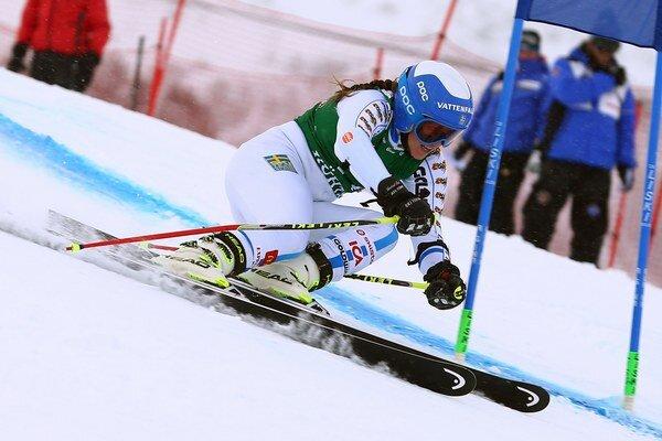 Švédka Sara Hectorová na trati obrovského slalomu.