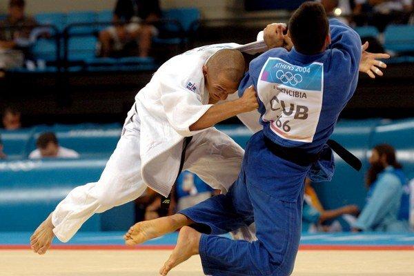 Jozef Krnáč (vľavo) získal pred viac ako desiatimi rokmi striebornú medailu na olympijských hrách.