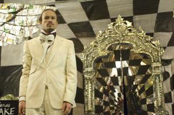Heath Ledger pred zrkadlom, v ktorom sa vidíme takí, akí sme.