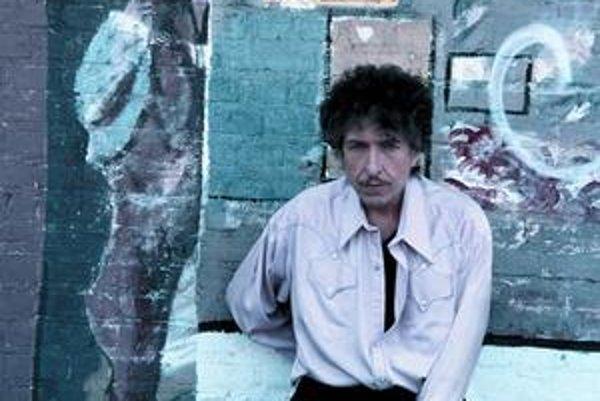 Bob Dylan má rád starú popmusic, klasické vianočné songy tiež.