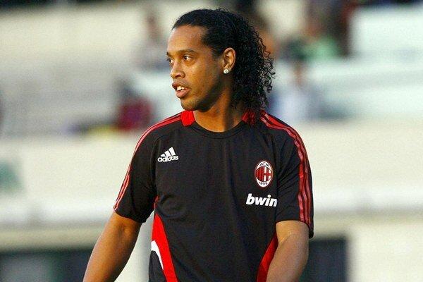 Ronaldinho počas pôsobenia v AC Miláno.