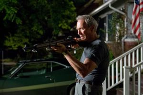 Clint Eastwood ako Walt Kowalski: spravodlivo nahnevaný muž.