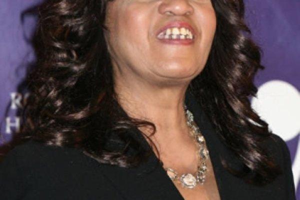 Estelle Bennett.