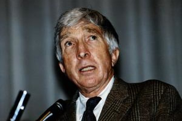 John Updike (18. 3. 1932 – 27. 1. 2009).