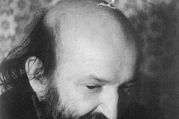 """Andrej """"Nikolaj"""" Stankovič (1940 Prešov – 2001 Praha), kritik, básnik a prekladateľ, absolvent FF UK, po podpise Charty 77 pracoval v robotníckych povolaniach a publikoval v samizdate, od roku 1990 viedol pražskú prezidentskú knižnicu. Je autorom viacerýc"""