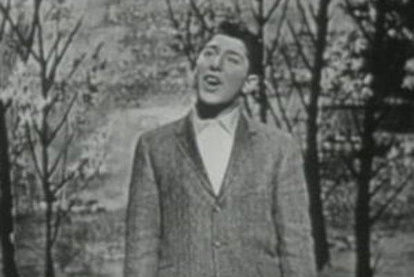 Paul Anka spieva Dianu.