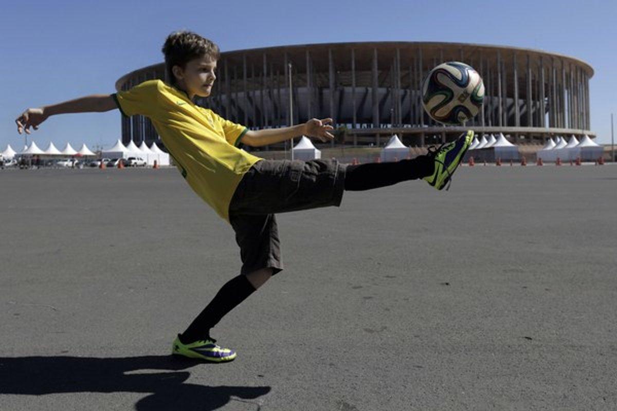 2602a194763a9 Program MS v Brazílii: zápasy sa začínajú v prijateľných hodinách ...