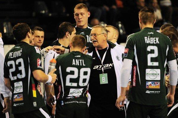 Hádzanárov Prešova čaká v Novom Sade zápas o tretie miesto.