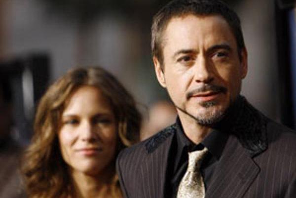 Herec Robert Downey Jr. so ženou Susan.