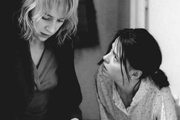 Záber z rumunského filmu 4 mesiace, 3 týždne a 2 dni, ktorý vlani vyhral prestížny festival v Cannes.