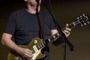 V anglickom Cambridge sa 6.marca 1946 narodil David John Gilmour, gitarista, spevák, skladateľ, producent, od januára 1968 člen legendárnej skupiny Pink Floyd.