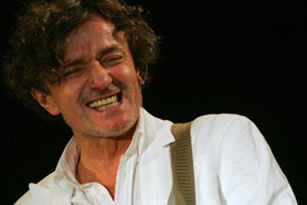 Balkánsky hudobník a skladateľ Goran Bregović.