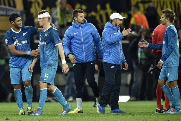 Futbalisti Zenitu Petrohrad po zápase Ligy majstrov v Dortmunde. Ilustračné foto.
