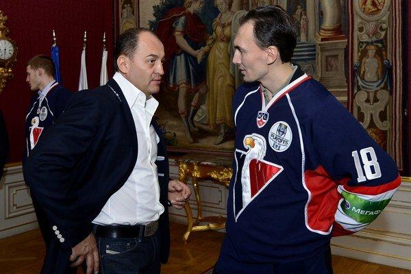 Generálny manažér Maroš Krajči by chcel od Miroslava Šatana do konca apríla rozhodnutie, či bude hrať aj o rok.