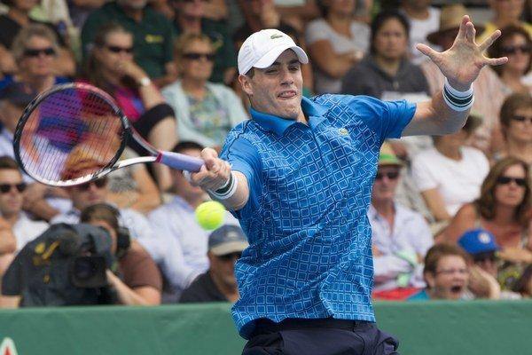 Američan John Isner pred Australian Open vyhral turnaj v Aucklande.