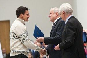 Branko Radivojevič a prezident Ivan Gašparovič počas slávnostného olympijského sľubu.