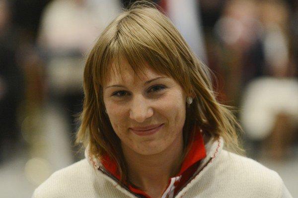 Anastasia Kuzminová je prvá biatlonistka, ktorá na zimnej olympiáde obhájila víťazstvo v jednej disciplíne.