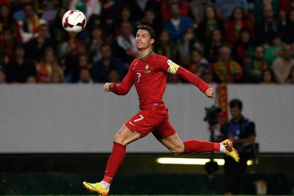 Z hviezdnej dvojice Ibrahimovič - Ronaldo uvidíme na MS len jedného.