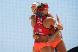 Slovenské plážové volejbalistky na Sardínii trikrát vyhrali a raz prehrali.
