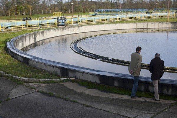 Ústredná čistiareň odpadových vôd vo Vrakuni.