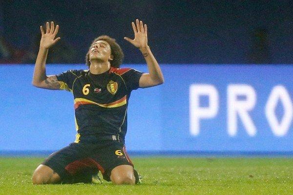 Axel Witsel oslavuje postup Belgicka na MS.
