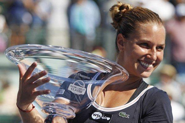 Dominika Cibulková vyhrala v Stanforde svoj tretí turnaj WTA. Tento týždeň obhajuje titul v Carlsbade.