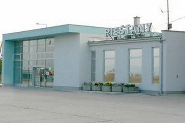 Letisko v Piešťanoch.