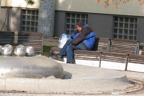 Záujem o prácu prejavilo len šesť bezdomovcov.
