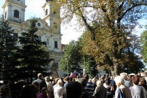 Veriaci do baziliky v Šaštíne-Strážach putujú pravidelne 15. septembra.