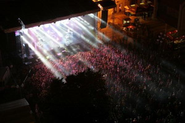 Festival Lumen v Trnave na Trojičnom námestí.