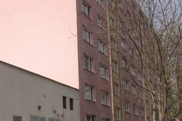 Obyvatelia činžiaku na sídlisku Linčianska museli na niekoľko hodín opustiť svoje byty.