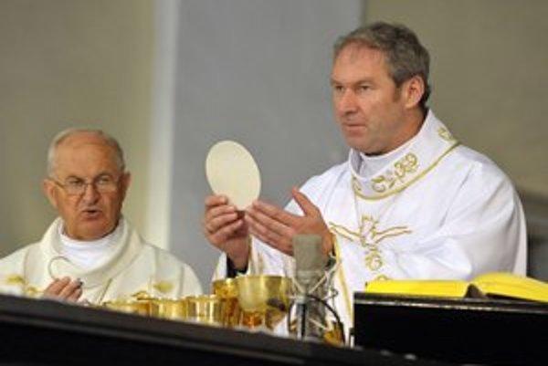 Róbert Bezák šiel späť k svojej reholi redemptoristov.