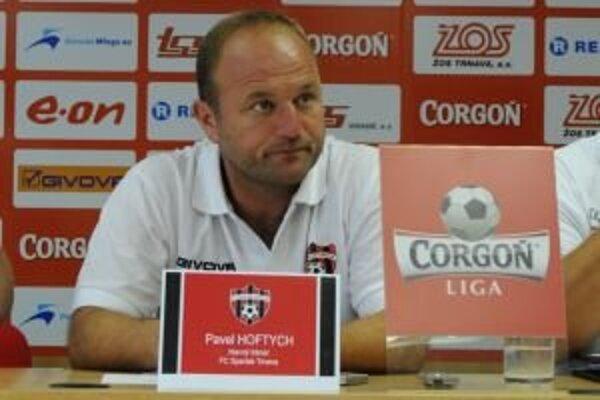 Pavel Hoftych odkazuje fanúšikom, aby nepodávali na svoj tím.