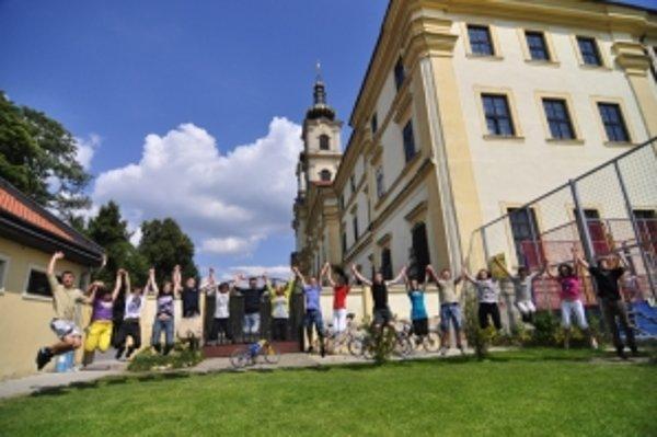 Gymnázium Jána Bosca v Šaštíne Strážach je otvorené pre všetkých.