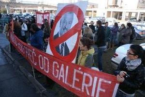 Protesty proti odvolaniu riaditeľa Galérie Jána Koniarka.