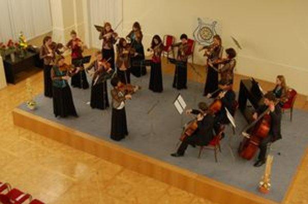 Novoročný koncert v podaní Trnavského komorného orchestra ponúkne okrem iného aj Mozartove či Góreckého skladby.