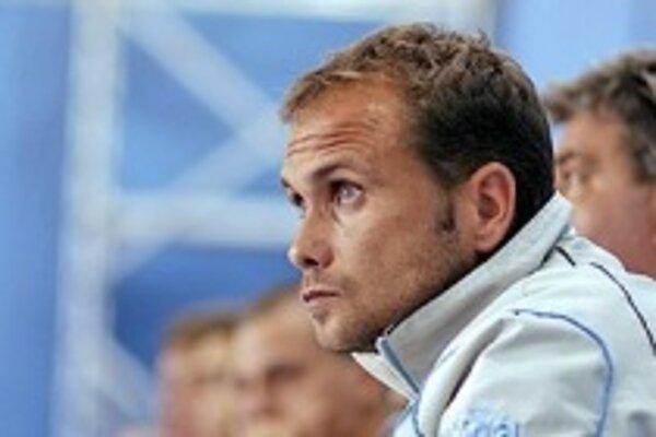 Tréner Mimy Jozef Duhony vštepil mužstvu nový systém.