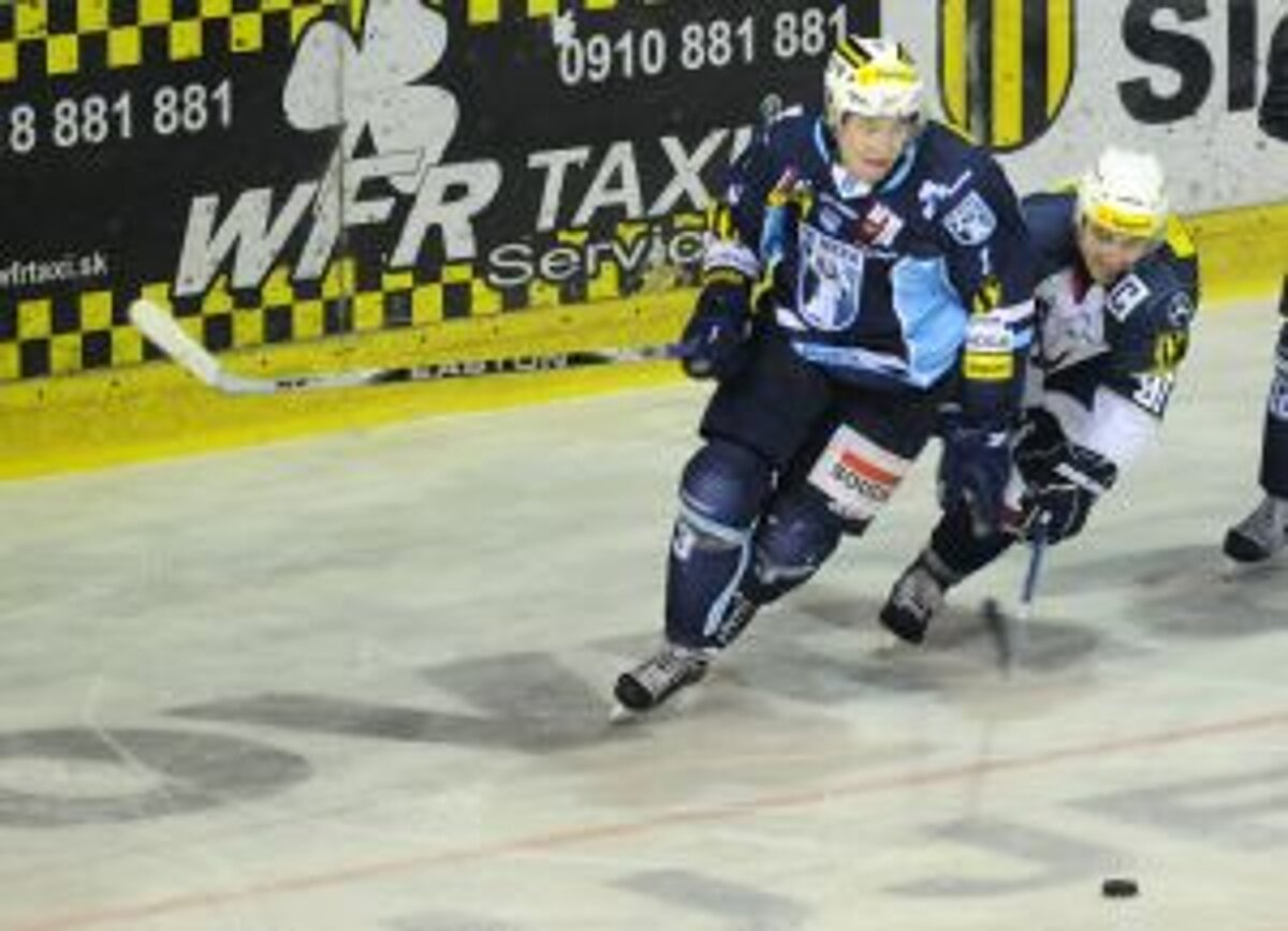 01cff7eac1777 Nitra otočila duel s dvadsiatkou, Zvolen zdolal Slovan - sport.sme.sk