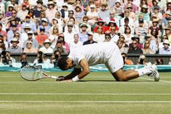 Jo-Wilfried Tsonga po výhre nad Rogerom Federerom.