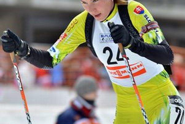 Anastasia Kuzminová pridala k bronzu a šiestemu miestu na MS v Chanty-Mansijsku aj deviate miesto vo vytrvalostných pretekoch.